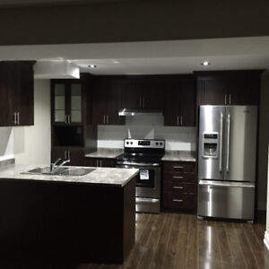 Mississauga Road and Financial Drive - 3 bed and 2 wash, Jan 1st