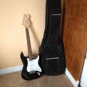 Electric guitar/Case/AMP for sale