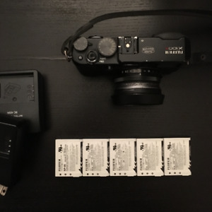 Fuji x100s with extra batteries & 2 chargers