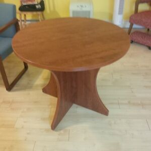 36 inch round table suitable for office or home