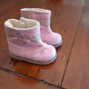 Pink lightly lined Boots Size 3 Peterborough Peterborough Area image 2