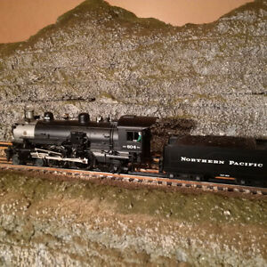 Lionel 4-4-2 O Scale Northern Pacific Steam Engine w/Sound