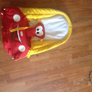 LITTLE TIKES BOUNCY CHAIR 30$ OBO