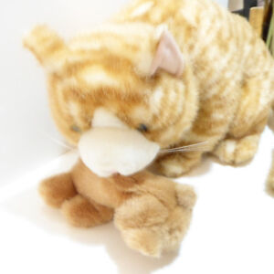 LARGE MOTHER CAT WITH KITTEN STUFFED ANIMALS - UNUSED/MINT