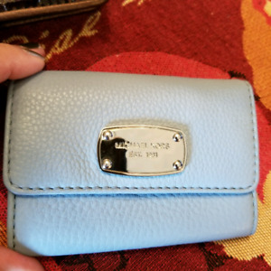 Great gifts for ladies. Designer wallet