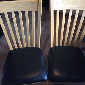 6 kitche table chairs
