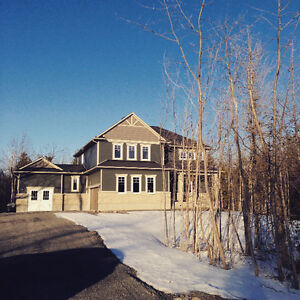 ** LUXURY HOME ON PRIVATE ESTATE LOT IN CARLETON PLACE **
