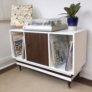 MCM Media Console / Sideboard