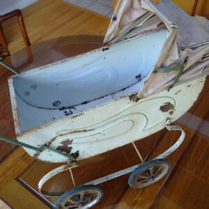 Antique Toy Doll Buggy Carriage Pram