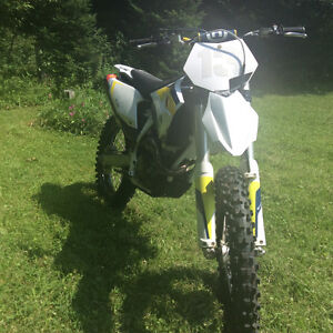 Excellant condition 2015 FC250 Husqvarna - Low Hours