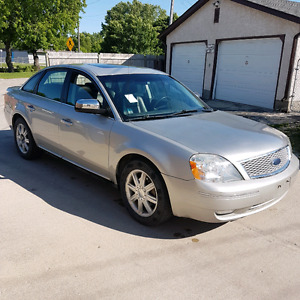 FRESHLY SAFTIED 2006 FORD FIVE HUNDRED FULLY LOADED