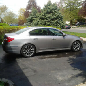 2013 Hyundai Genesis R-Spec w. Balance of Factory Warranty