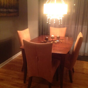 Chaise kijiji free classifieds in gatineau find a job buy a car find a - Mobilier salle a diner ...