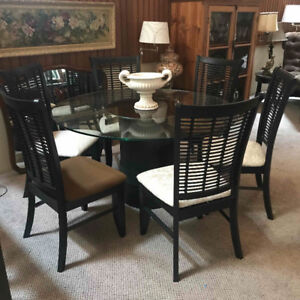 Round Glass Dining Table and Chairs - Built in Lazy Susan
