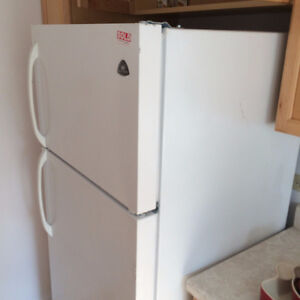 Over 300 Major Appliances  NEARLY NEW & Affordable No Tax now Kingston Kingston Area image 8