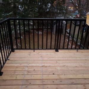 One bedroom + den with private deck lookout in great location!!