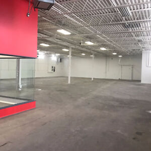 APPROX 9,000 SQFT COMMERCIAL UNIT AVAILABLE, IDEAL 4 DEALER SHIP