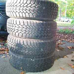 4 Goodyear Winter Nordic Snow Tires with Rims