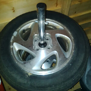 Corolla 14 in. aluminum wheels with tires