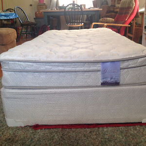 TWIN BED WITH BOX SPRING LIKE NEW MUST GO IMMEDIATELY!!!