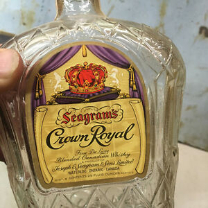 1955 Seagram's Crown Royal Whiskey Bottle and Box Regina Regina Area image 5