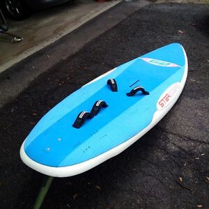 Starboard Go with 5.7 sm aerotech sail rig $1000