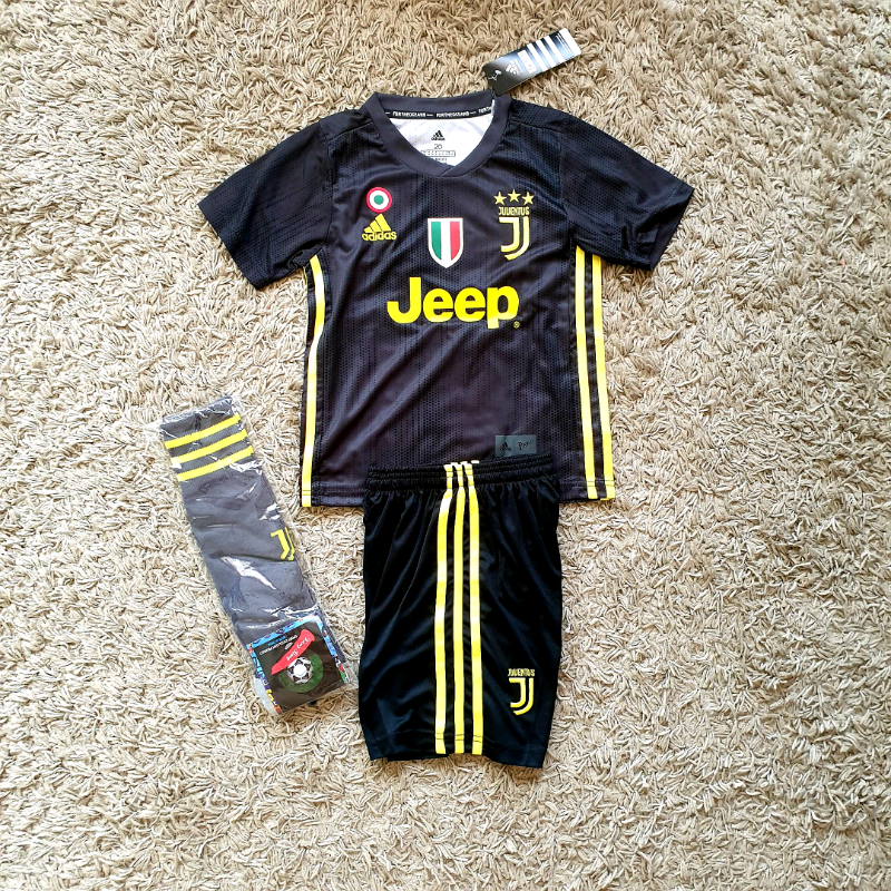 buy popular be983 d0680 2019 JUVENTUS football kit Ronaldo adidas shirt shorts | in Birkenhead,  Merseyside | Gumtree