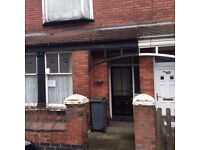 Fully Furnished One Bed Flat Longport