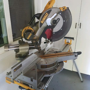 Dewalt 12 Inch Sliding Dual Bevel Compound Mitre Saw With Stand