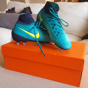 Outdoor soccer shoes new in box