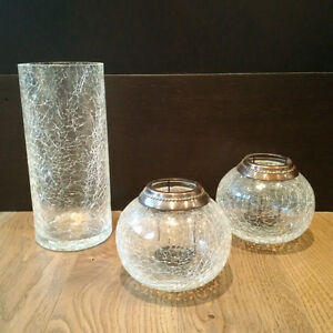 BEAUTIFUL CRACKLE GLASS SET (Candle Holders/Vase)