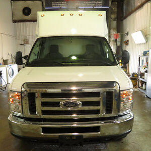 2016 Ford E-350 white Other