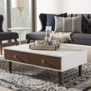 Chic coffee table - BRAND NEW in original box - white/brown