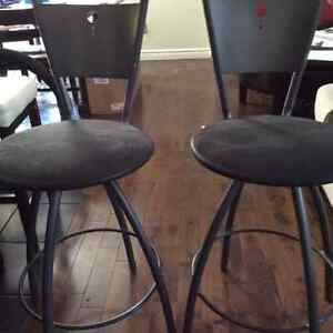 $40  2 counter/island height swivel stools Table Chair Co. London Ontario image 1