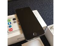 Immaculate iPhone 5S, 16 gb, Black, Unlocked , all accessories