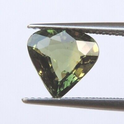 2.38ct New green color sapphire natural gemstone unheated heart shape 100% AAA