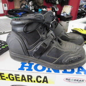 Icon Field Armor  Motorcycle Boots $60 Size 11 - RE-GEAR Oshawa