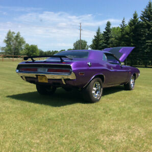 1970  CHALLENGER. 383  MAGNUM  4SP.  FULLY RESTORED