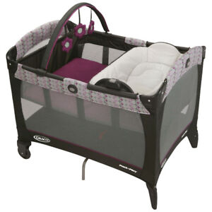 Graco Pack 'n Play with Bassinet and Napper/Changer - Pink, New