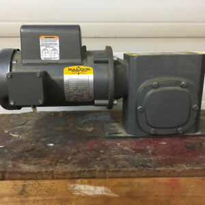 3/4 HP Baldor Motor - 50:1 Baldor Speed Reducer