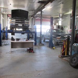 1124 Portage Rd, Kirkfield - Large Garage + Bungalow Kawartha Lakes Peterborough Area image 4