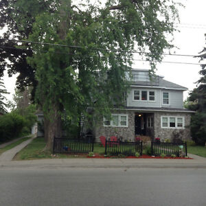 Large 2 bedroom/Picton/main floor/$1350/All inclusive
