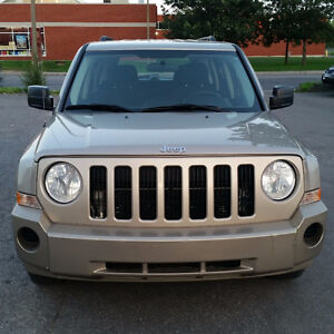 2010 Jeep Patriot SUV, Crossover,AUTO , 4X4 , AC ,4 CYL, NO RUS