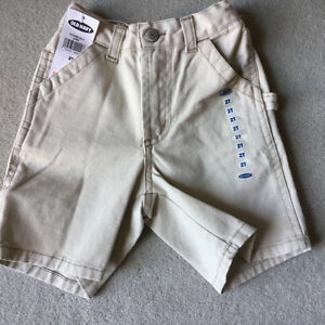 HALF PRICE BRAND NEW OLD NAVY SHORTS size 2T