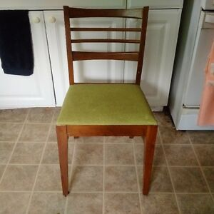 4 chairs like this
