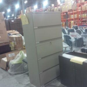 5 Dr File Cabinets.... BLOW OUT..