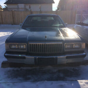 1988 Mercury Grand Marquis Sedan 700$ OBO