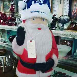 Santa says come shop at Canada's largest antique mall  Kitchener / Waterloo Kitchener Area image 1
