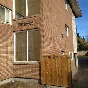 1 Bedroom Suite in 11-Plex building, Highland Green, Red Deer.