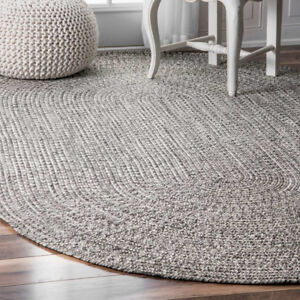 "Beautiful Hand Braided Grey Rug Oval 7'6""x9'6"" Perfect Like new"